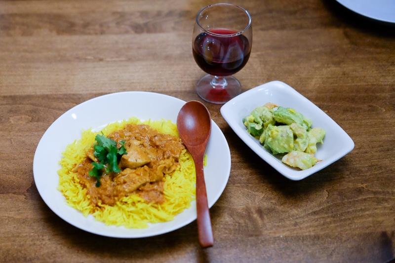 チキンティッカマサラ&アボカドと海老のサラダ