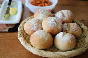 シンプル丸パン