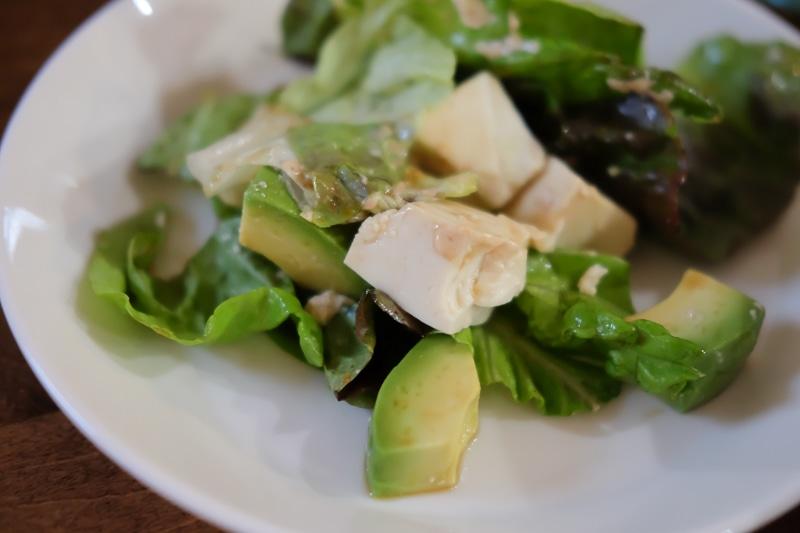 お豆腐とアボカドのサラダ