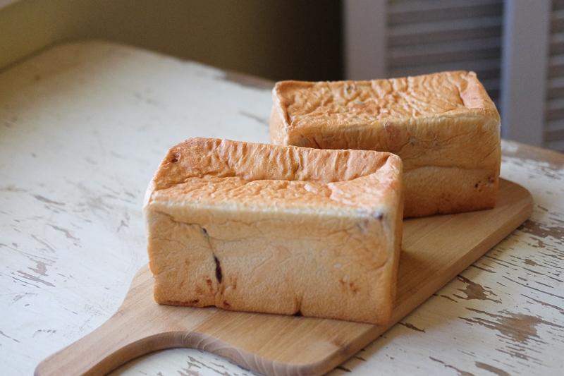 一斤型で焼くあん入り食パン