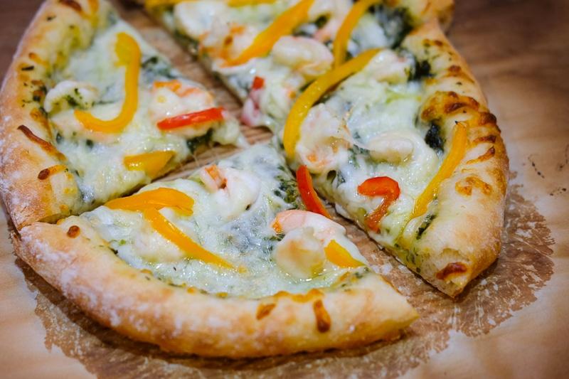 パクソースの海老ピザ