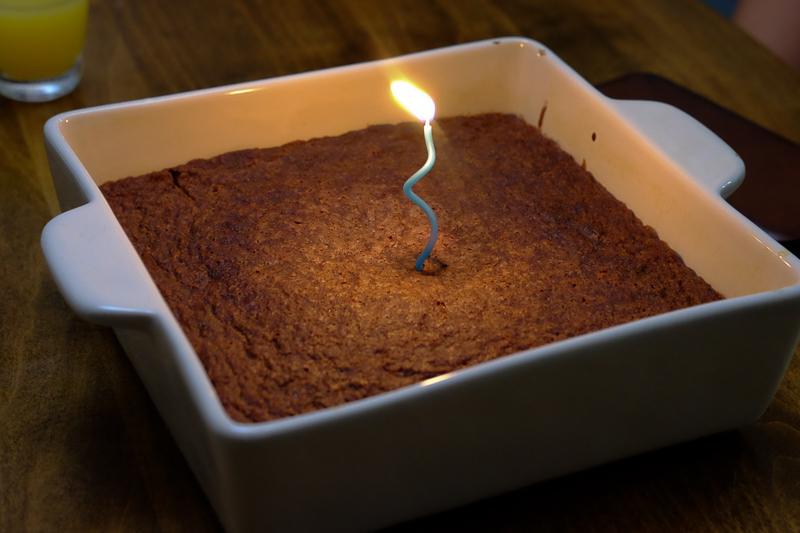 チョコレートもちケーキ