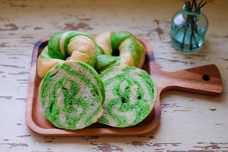 緑のベーグル